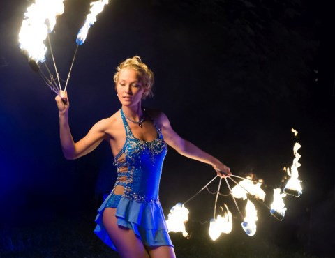 Dance with Fire - Feuerperformance & More, Showkünstler · Kinder Eisingen, Kontaktbild